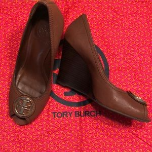 Tory Burch Chelsea Leather Wedge!